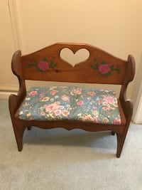 Doll bench with quilt