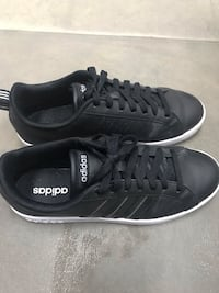 Adidas shoes size 9 in a very good condition