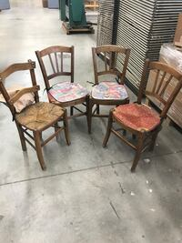 Antique chairs, set of 4. Over 100 years old! Need a little bit of work! Toronto, M9W 6B2
