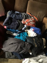 Men's and boys clothes bundles very nice some new!
