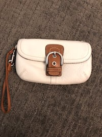 Coach Leather Wristlet Calgary, T3H 2J5