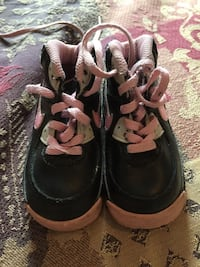 Nike shoes for baby girl  Laval, H7W 3T1