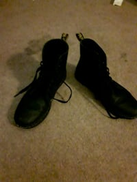 pair of black leather boots Tobyhanna, 18466