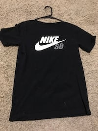 Black and white nike crew-neck shirt Wapato, 98951