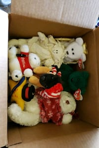 assorted Holiday plush including Ty Beanie Babies. Port Hueneme, 93041