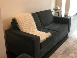 2 excellent condition firm sofas