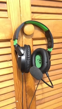 black and green Turtle Beach headset Hagerstown, 21742