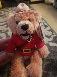 Canadian RCMP stuffie Kingston