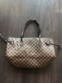 Louis Vuitton bag  Toronto, M5J 3B2