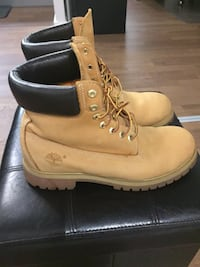 Timberland 6-inch Boots Size 9.5 Men's Toronto, M6J 0E5