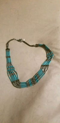 blue and black beaded necklace 1454 mi