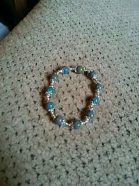 blue and white beaded bracelet Greeneville, 37743
