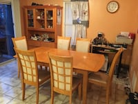 kitchen table and 6 chair, kitchen piece, price negotiable