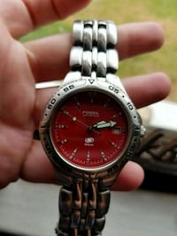 Mens Red Fossil Watch Long Beach, 90815