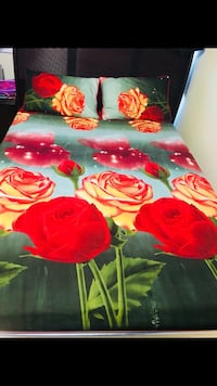 Red and beige roses queen size bedsheet