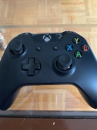 Brand new Xbox One controller  Toronto, M1K 2N6