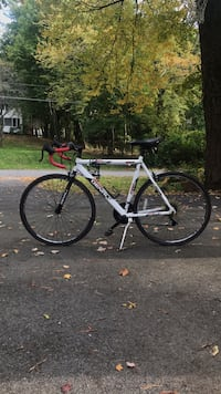 Road Bike Niskayuna, 12309