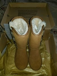 Ugg boots New in Box Dover Plains, 12522