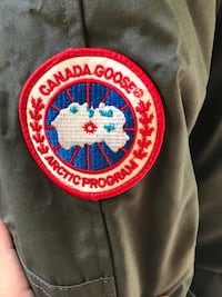 Brand new Large gray Canada goose Coquitlam, V3K 2L8