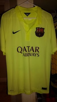 green Qatar Airways soccer jersey Prunedale, 93907