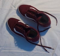 Pair of black-and-red nike sneakers Hyattsville, 20783