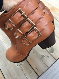 Short booties size 7/7.5 used but loved  London, N5W 1S3
