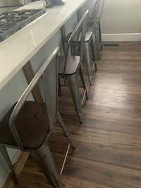 Set of 4 barstools Calgary, T2P 3A8