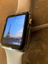 Black and gray Apple watch Severn, 21144