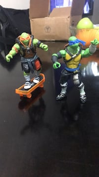 TMNT action figure with black and green action figure New York, 11365
