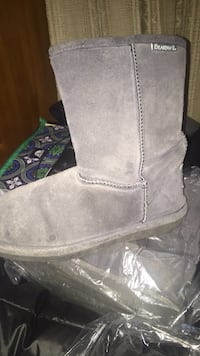Gray BearPaw boots Lincoln, 02865