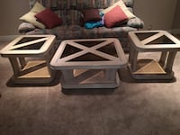 Square coffee table and end tables  Hamilton, L8K 6R1