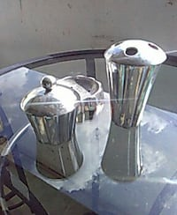 stainless steel condiment shaker