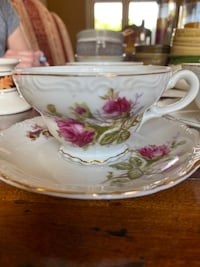 Set of 5 Floral Tea Cups and Saucers