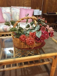 Basket with hand arranged flowers Rockville, 20852