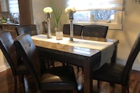 Like new dining table with six chairs Edmonton, T5X 1M8