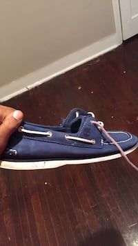 Unpaired blue and white timberland boat shoe Clarksville, 37043