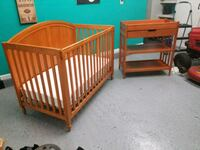 Baby crib bed with matching changing table  Jacksonville, 32221