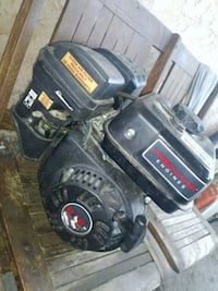 black and red Craftsman ride on mower Lamont, 93241