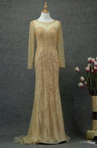 Dress for weddings like new uesd one i buy in october 2019 600$ plus Laval, H7W