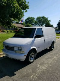 white gmc safari cargo van Arlington, 53911
