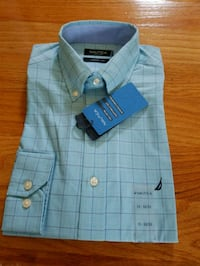 Nautica Dress Shirt Stoneham, 02180