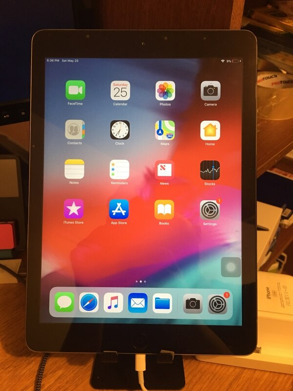 iPad Air, 32GB, Space Gray, WiFi Only