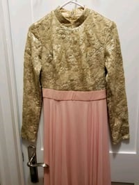 Gold and pink modest gown Pickering, L1V 1K7