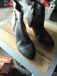 black ankle zip up boots size 9 Visalia