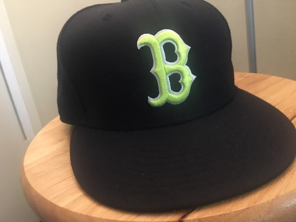 b0b6a53e54639c Used Boston Red Sox SnapBack for sale in West Hollywood - letgo