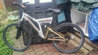 white and black full suspension mountain bike Greater London, CR7 8DA