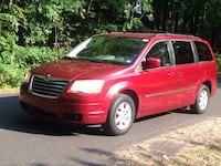 Chrysler - Town and Country - 2010 Henrico