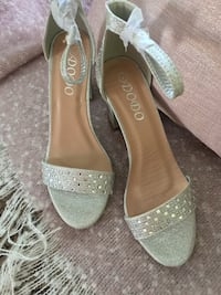 pair of silver-colored open-toe heels Palm Springs, 92264