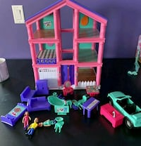 Doll house comes with Accessories