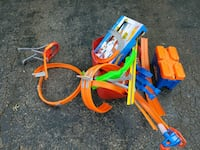 Random Hot Wheels track lot Laurel, 20723